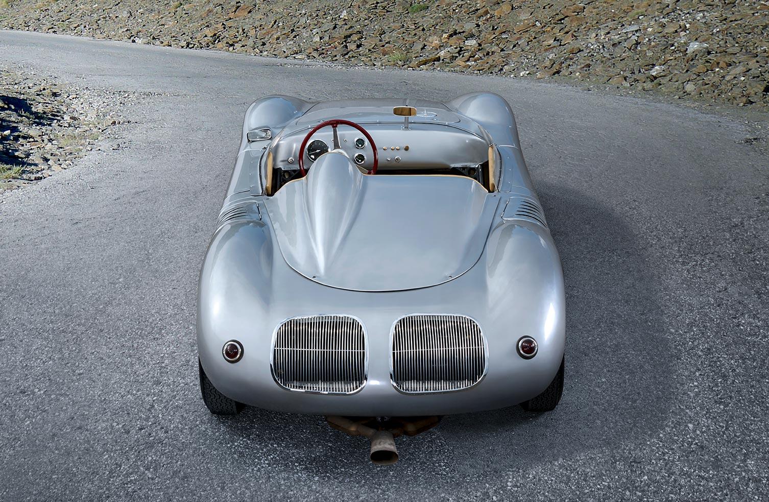 web_Porsche_718RSK_v2
